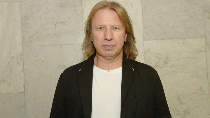 Больного коронавирусом Виктора Дробыша доставили в клинику