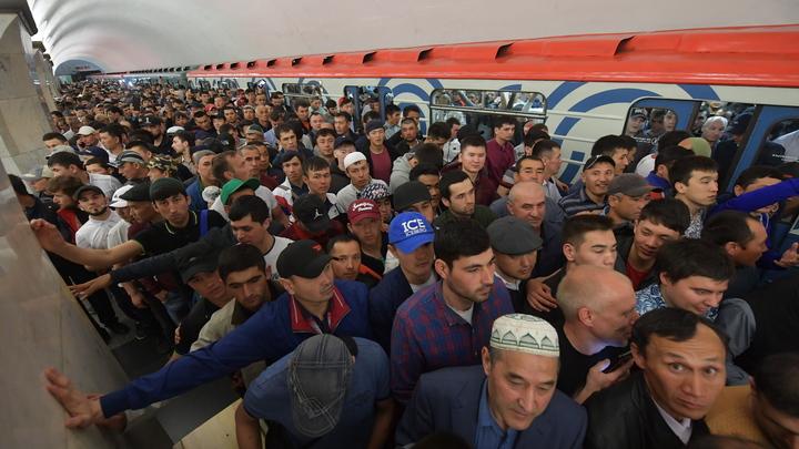 Офицер полиции не побоялся обратиться к властям: Как мы раньше без мигрантов справлялись?
