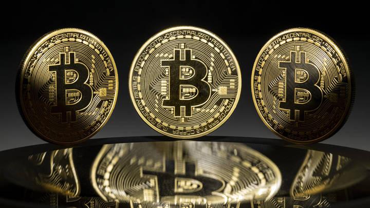 Закон многострадальный: Экономист объяснил запрет расплачиваться криптовалютой