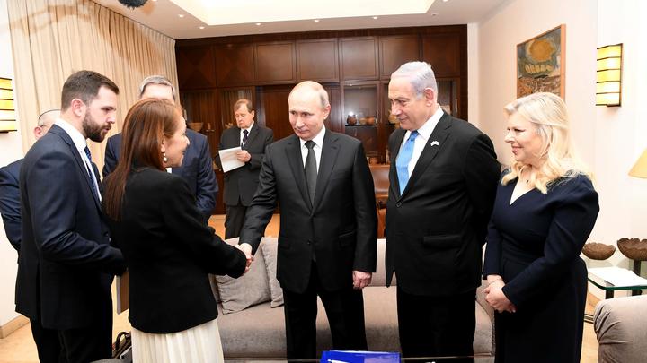 От слёз Лаврова до эмоций Путина: Что происходило сегодня на форуме в Израиле