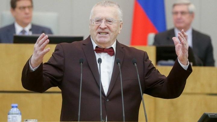 Жириновский объявил войну объятиям и поцелуям: Пока лишь в телеэфире