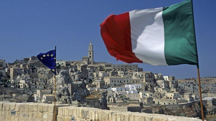 У отделения итальянской партии «Лига» после взрыва обнаружили неразорвавшуюся бомбу