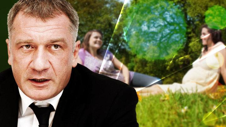 Яркие сны депутата из Ленобласти: Что скрывается за правильными инициативами