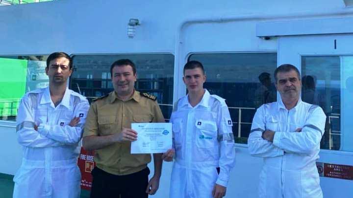 В Новороссийске курсант мореходки спас экипаж от беды во время сильного шторма