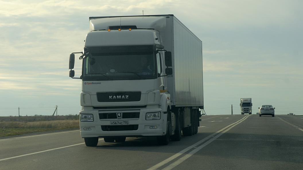 Очередь застрявших на границе Белоруссии с Россией фур растянулась на 15 километров