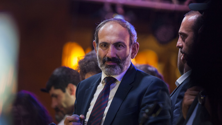 «Не хватаюсь за должность»: Пашинян назвал условие своего ухода в отставку