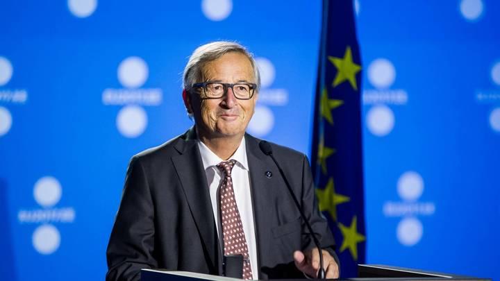 Юнкер - бумеранг за Ельцина: Глава Еврокомиссии, как пьяный, потрепал чиновницу ЕС за волосы - видео