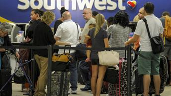 Американский самолет убил пассажира при экстренной посадке