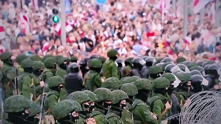 Обстановка контролируемая: МВД Белоруссии сообщило о сотнях задержанных протестующих