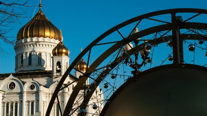 Путин прибыл на Пасхальное богослужение в главный храм России