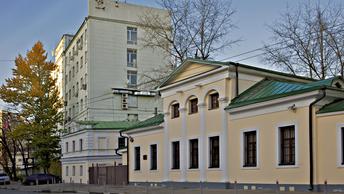 На станции метро Москвы погибла 25-летняя студентка вуза