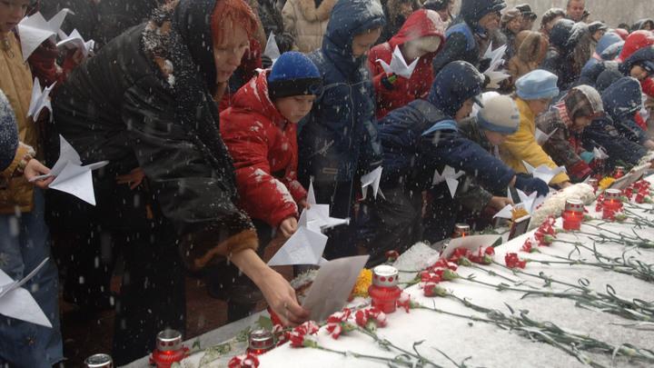 Клоачный профессор оправдал теракт на Дубровке: Гусейнов из ВШЭ пробивает новое дно