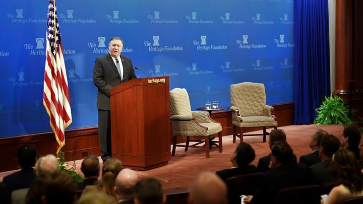 Помпео признался, что перед назначением госсекретарем побывал в Донбассе