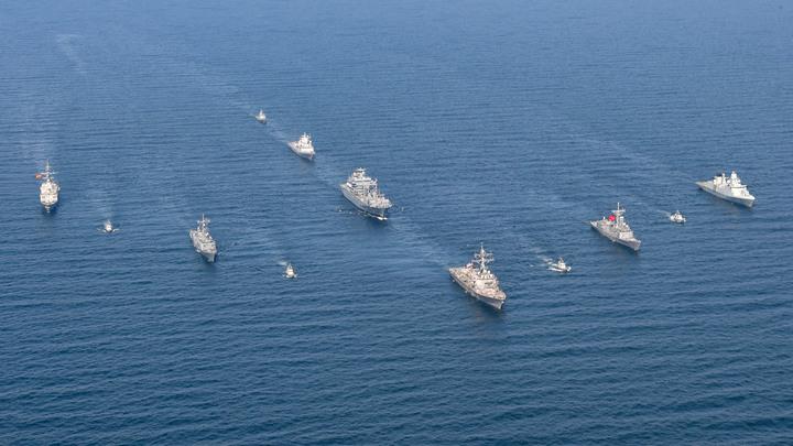 Флот России на всякий случай приглядывает за учениями НАТО в Черном море