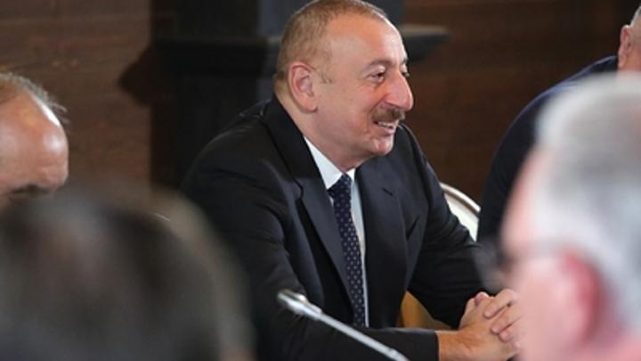 Какая же это победа? Русские осадили Алиева после заявления о Карабахе