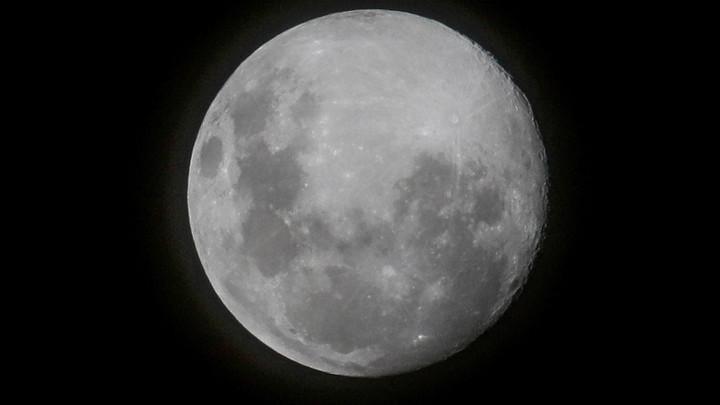 Право на космос: Дональд Трамп попытался закрепить за Штатами Луну
