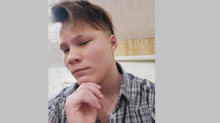 В Ростовской области полиция трое суток ищет сбежавшую из дома 16-летнюю Елизавету Пищереву