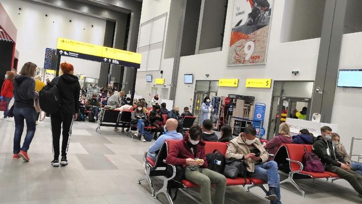 Снова Суперджет: рейс России не смог вылететь из Москвы в Челябинск