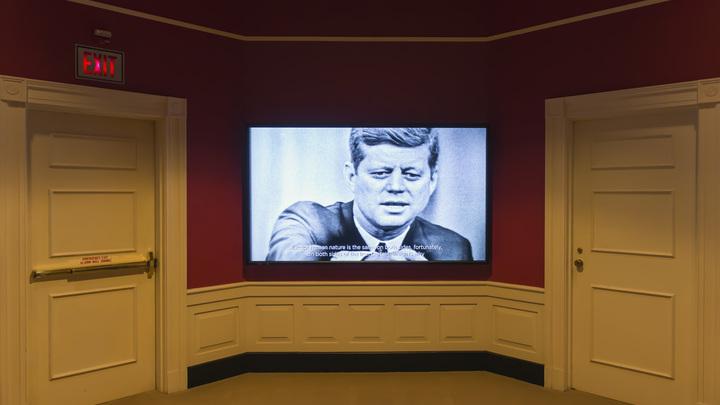 Трамп продолжает приоткрывать завесу тайн: В США опубликована еще одна часть документов об убийстве Кеннеди