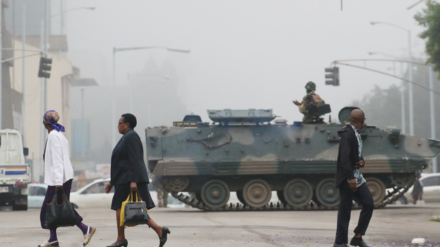 Лидер Зимбабве: Военный переворот не представляет угрозы для моей президентской власти