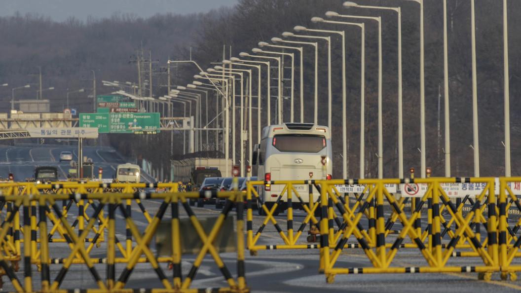 Власти Южной Кореи посоветовали КНДР провести встречи разделенных семей кНовому году
