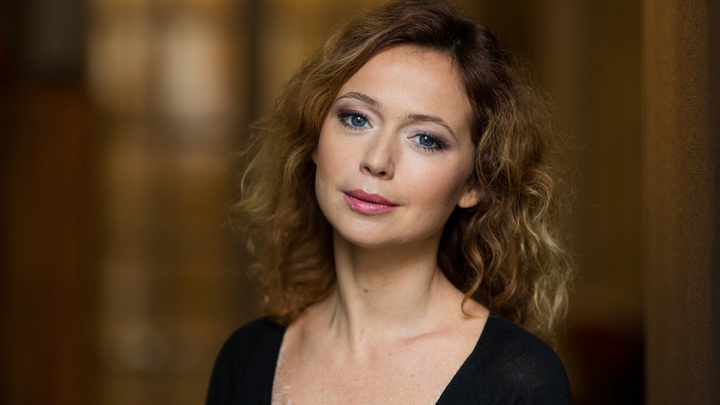 Я вымаливала семейное счастье: Светлая тайна актрисы Елены Захаровой