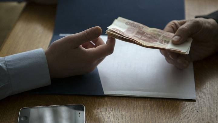 Бытовая коррупция: Что побуждает граждан давать взятки