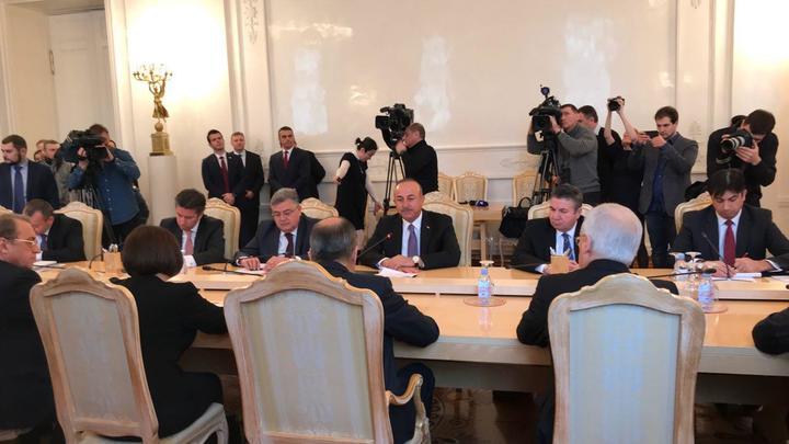 Глава МИД Турции к встрече с Лавровым частично выучил русский язык