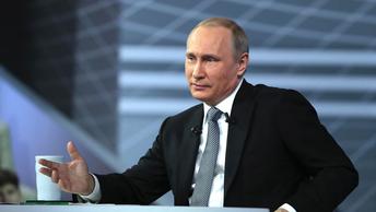 Путин обсудил конфликт Дохи с арабскими странами с королем Бахрейна и эмиром Катара