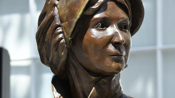 На купюре Банк Англии увековечил Джейн Остин