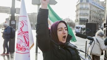 Аналитики обнаружили след Сороса в иранской революции