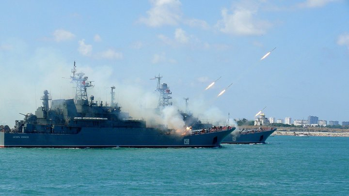 Пусть за Крымом приходят и увидят: Заявление украинского эксперта об отсутствии флота у России насмешило Twitter