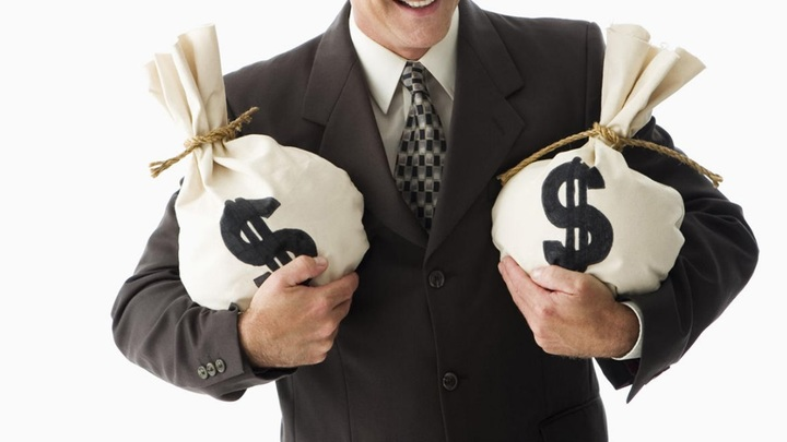 Первый взнос олигархата: На что направят $5 млрд сверхдоходов