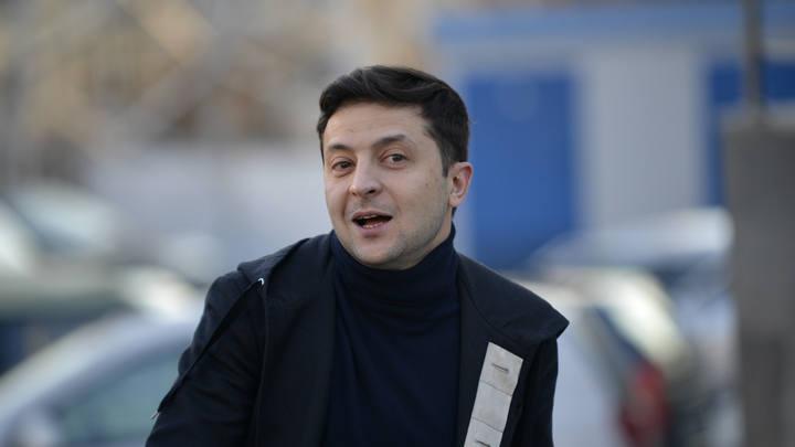 Охрану Зеленского решили усилить из-за видео, на котором его сбивает фура