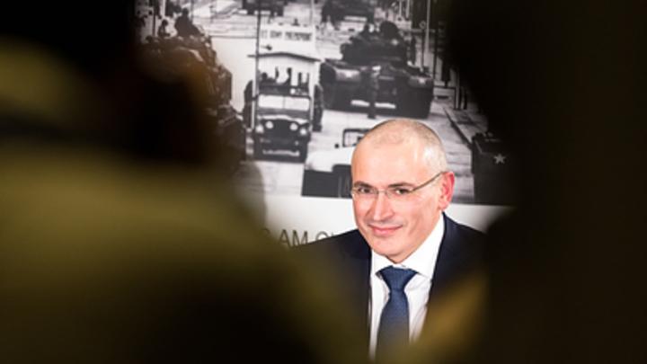 При Ельцине вы много чего вытряхнули: Угроза Ходорковского в соцсети обернулась народным гневом