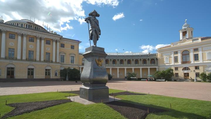 Павловский дворец Петербурга покажет артефакты античности, собранные императрицей Марией