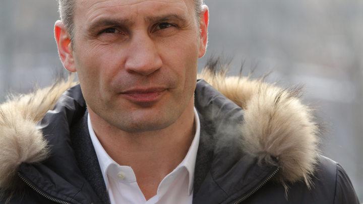 Подозреваемый в госизмене и коррупции Кличко пообещал киевлянам скидки на отопление