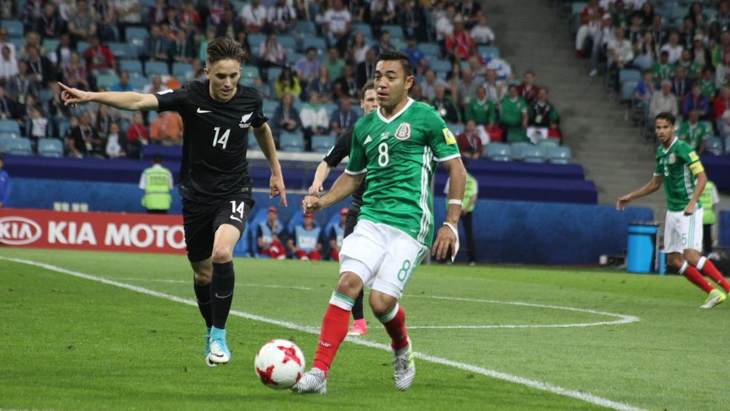 Футболисты подрались наматче Мексика— Новая Зеландия вСочи