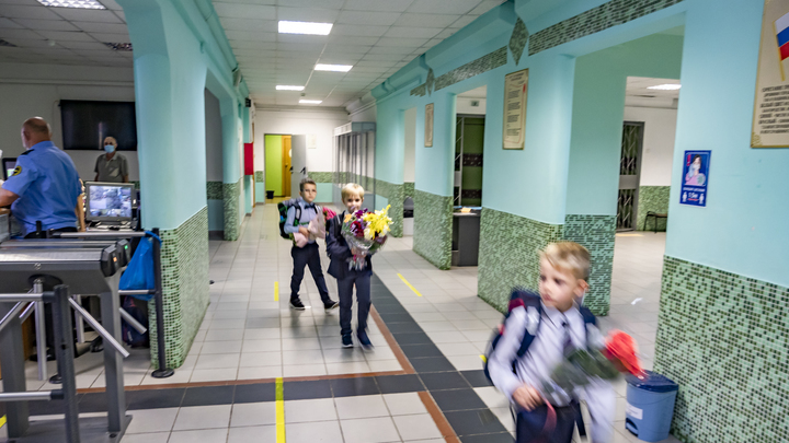 Досрочные каникулы объявила самая большая школа в Челябинске