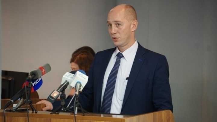Экс-министр здравоохранения Челябинской области Приколотин слег с пневмонией
