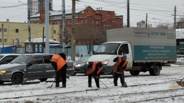 Почему в Челябинске за полдня не почистили снег