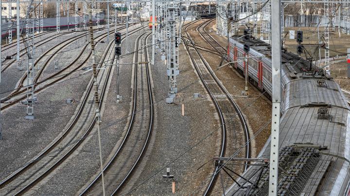 В Челябинске женщина попала под грузовой поезд