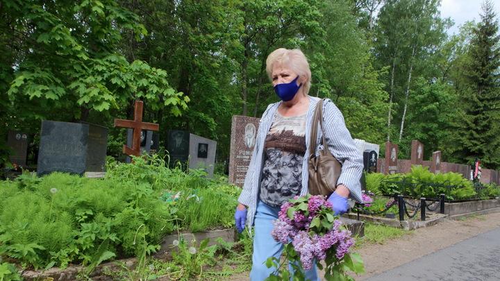 Из-за коронавируса в Челябинске появятся гробы с прозрачной крышкой