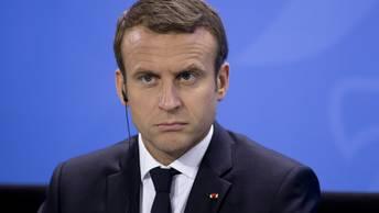 Le Parisien: Даже бутерброд с картошкой оказался популярней Макрона