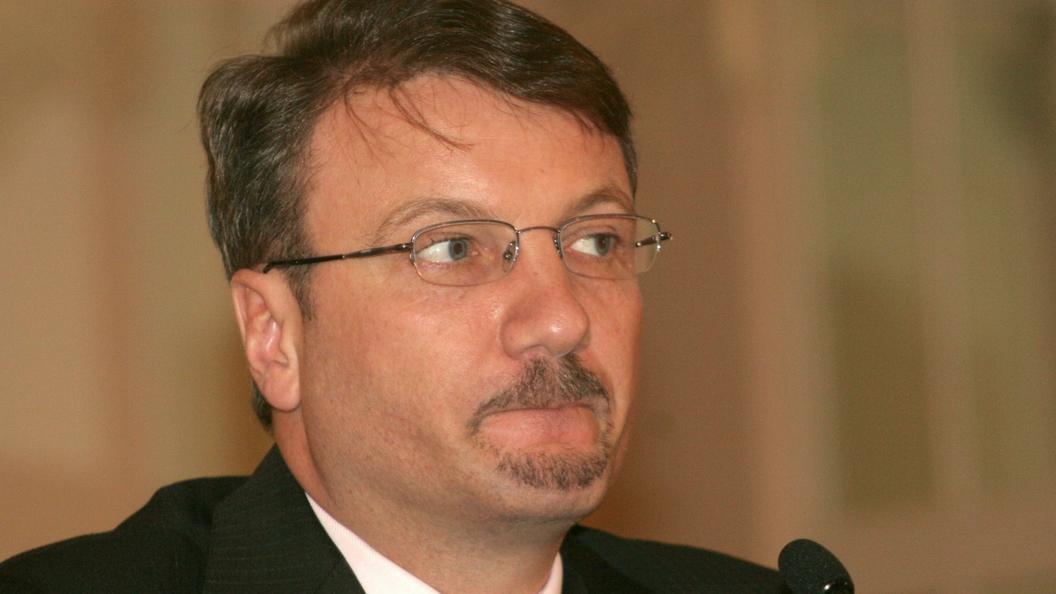 Греф объяснился по поводу выхода Сбербанка из АРБ