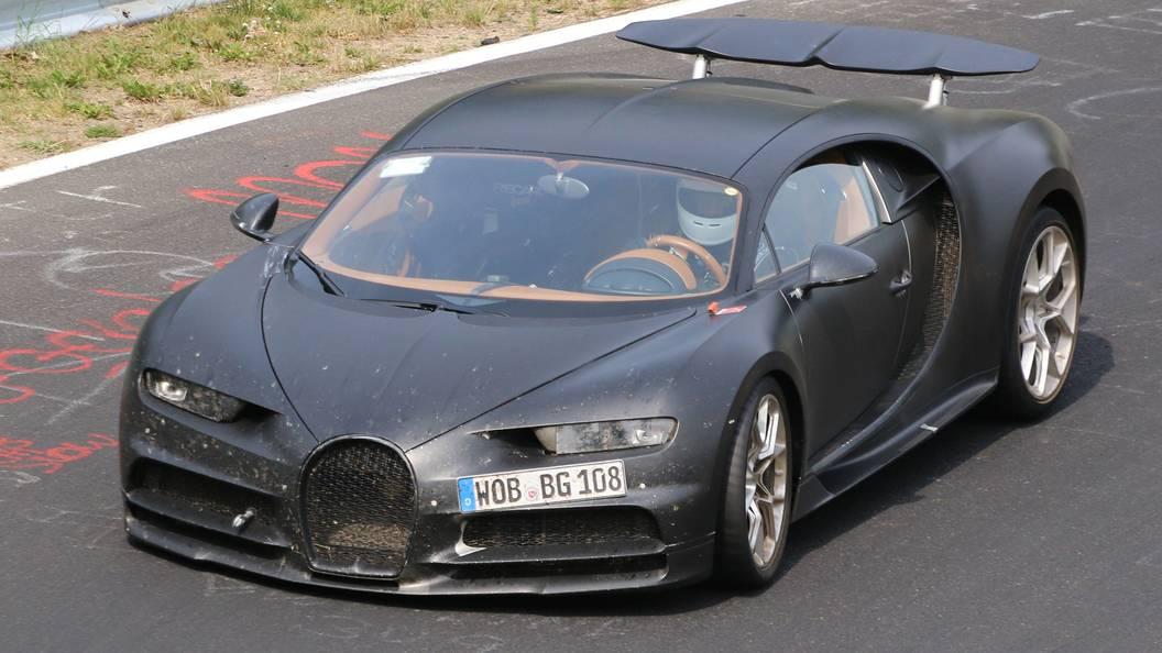Bugatti анонсировала выход гибридного гиперкара