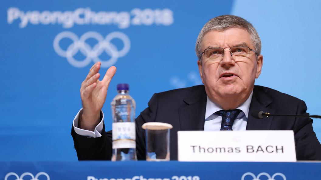 Российские спортсмены вышли наоткрытие ОИ-2018 под нейтральным флагом