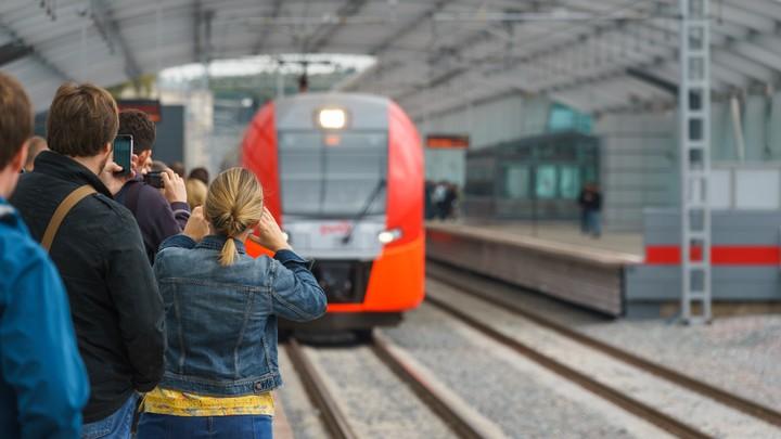 Проезд в московских электричках признали опасным для жизни
