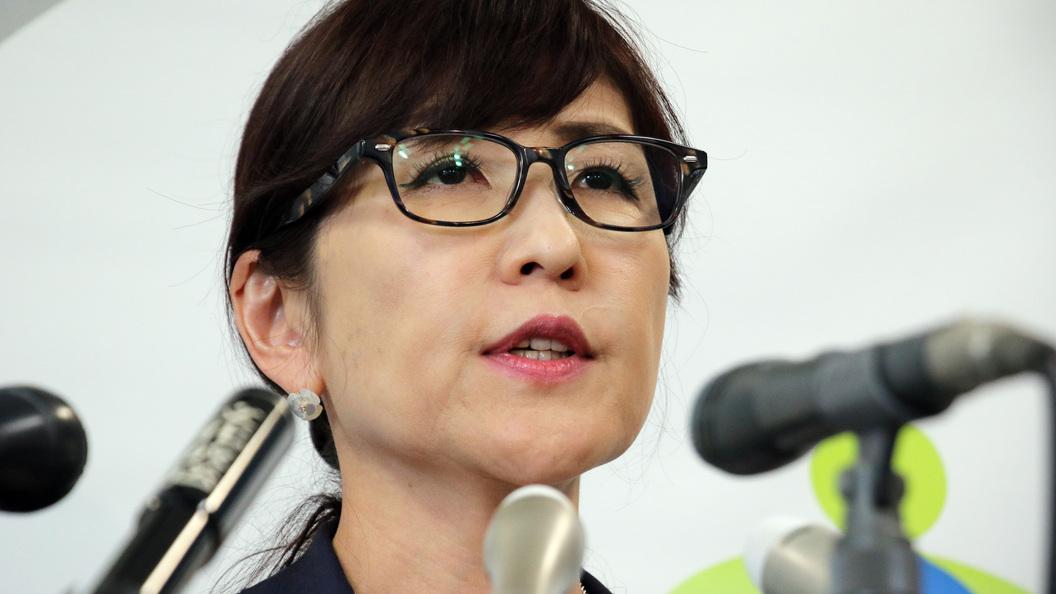 Абэ поручил главе МИД Японии временно возглавить Минобороны