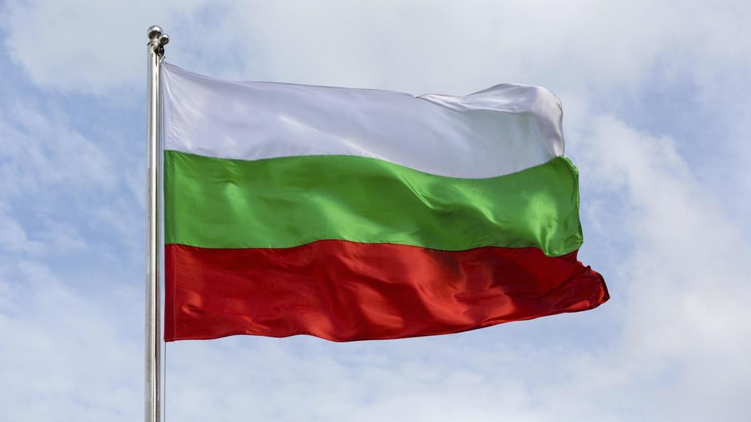 В Болгарии на ходу загорелся автобус с туристами из России